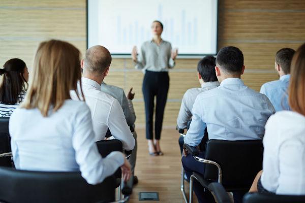 Immagine di Corso formazione specifica lavoratori - Rischio basso (4 ore) - ATTIVITA' UFFICIO